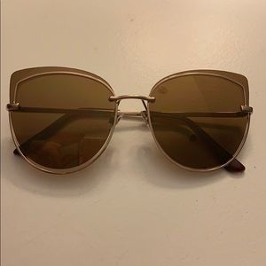 Kat Graham x Foster Grant sunglasses